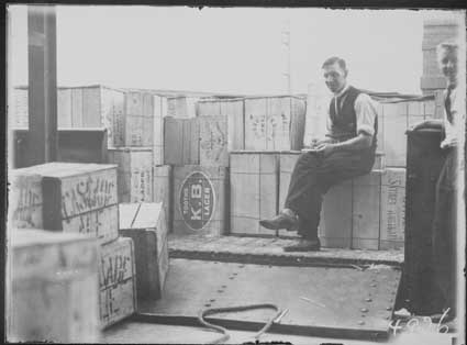 The first consignment of liquor for Canberra, following the repeal of prohibition laws in 1928