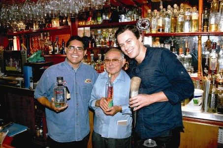 Dave with father and son team – Tommy (centre) and Julio Bermejo