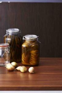 bartender-211111-pickles2-copy1