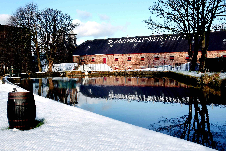 old-bushmills-distillery-in-snow-2-lr