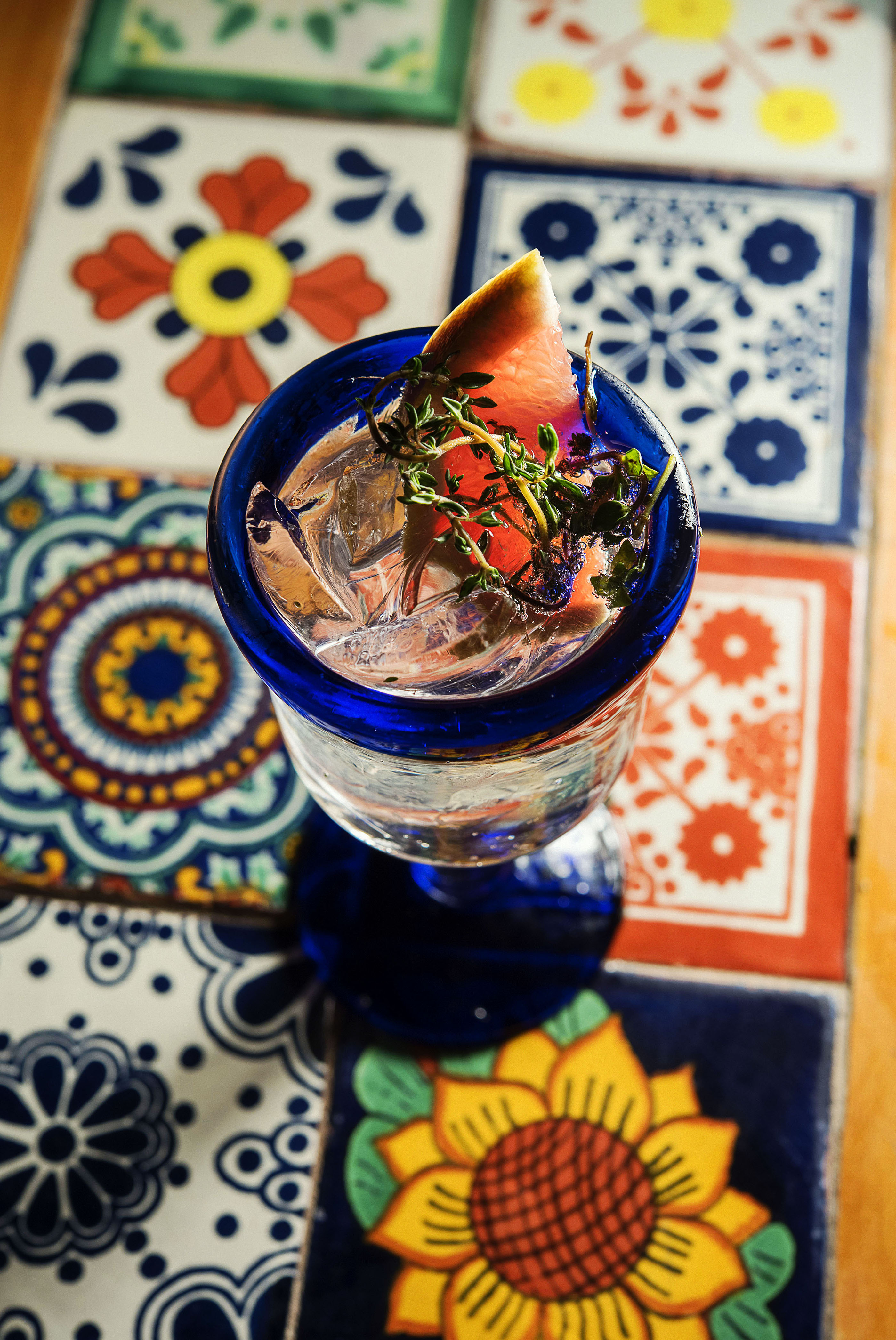 Edgerton Pink Gin with East Imperial Burma tonic, ruby red grapefruit, thyme_CP86337