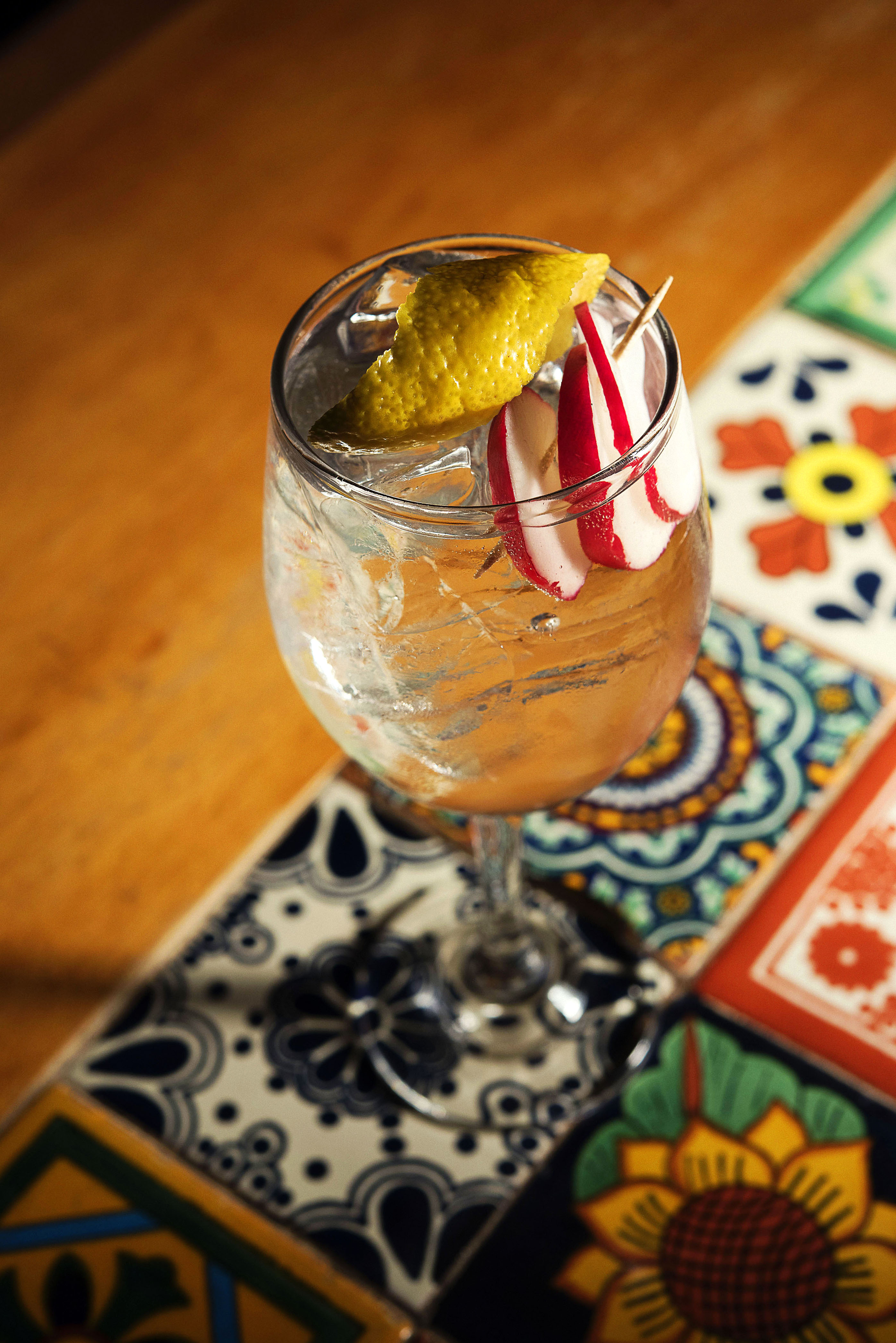 The Botanist with Quina Fina Tonic Water, radish and lemon_CP86192